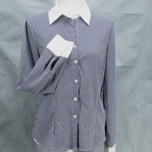 East 5th Womens Blouse Sz M Blue White Pinstriped